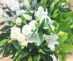 白グリーンのスタンド花