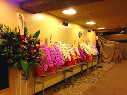 紀伊国屋ホールに公演祝いの花